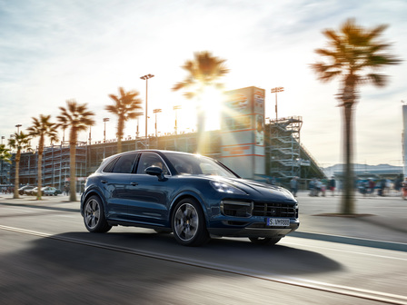 The new Cayenne Turbo. Sports car for five.